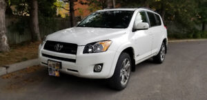 RAV4 V6 AWD 2009, Safety Certified,  Low mileage, 4 new tire, sp