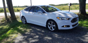2015 Ford Fusion seulement 19000km.