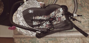 Baby car seat mint condition