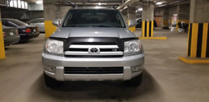 2005 Toyota 4Runner Limited V8 - 207,000KM