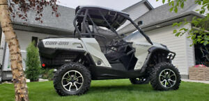 2015 Can-Am Commander Limited Side X Side