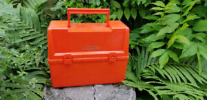 Vintage rare THERMOS ORANGE Plastic Lunch Box