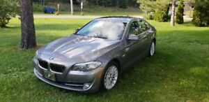 BMW 535 XI 93 000 KM 2011 IMPECCABLE - SHOW ROOM