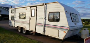 2000 WILDWOOD LITE TRAVEL TRAILER 26' -  GREAT CONDITION