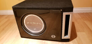 "12"" Rockford Fosgate Sub & Pioneer Amp in Ported Box $220OBO"