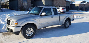 2008 FORD RANGER VERY LOW KM, FREE ACCIDENTS, NO RUST, SAFETIED