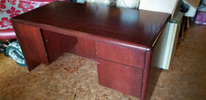 Great desk for  office, or student attending university/college