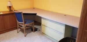 Professional Office Desk - Corner
