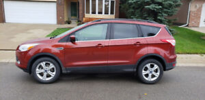2014 Ford Escape AWD Low Km Only 14900 !!   780-919-5566