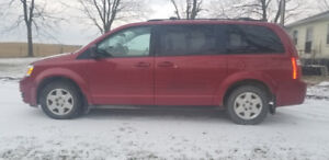 2008 Dodge Grand Caravan SE Minivan (150,700kms)
