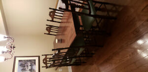 Antique, Dinning table set with 6 chairs, $450 obo