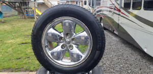 2004 DODGE 1500 4X4 RIMS AND TIRES