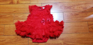 New Red baby girl 0-3 months dress