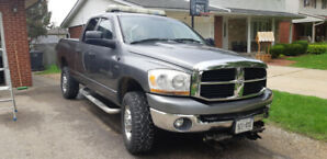 Truck for sale, 2006 Dodge Ram 2500 4X4