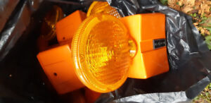 Traffic strobe hazard light