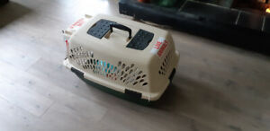 Dog travel crate pet carrier