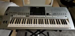 **Cheap**Yamaha PSR-s900 Keyboard