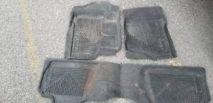 Avalanche Husky Liners