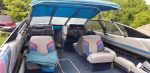 1986 bayliner with trailer and 140 Johnson outboard