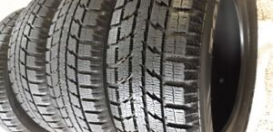 215/60R/16 TOYO OBSERVE GSI-5 WINTER TIRES - VERY GOOD CONDITION