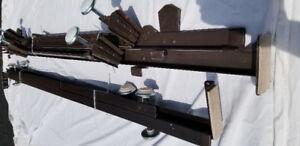 Base de lit en métal ajustable