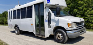 2003 Ford F350 bus