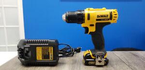 DEWALT 12-Volt MAX* 3/8-in Cordless Drill/Driver Kit (DCD710)
