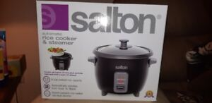 Salton Automatic Rice Cooker & Steamer (New in the box)