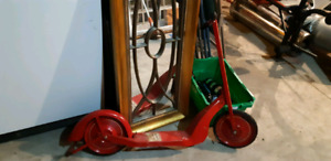 1920 - 1930's Antique Scooter in great condition