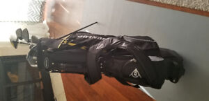 Dunlop z3 full set of golf clubs with stand bag