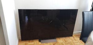 Sony XBR65X930D  65-Inch 4K HDR Ultra HD TV (2016 Model)