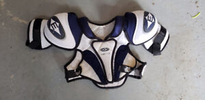 Youth Kids Junior HOCKEY CHEST PROTECTOR LARGE Easton