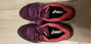 Almost new Asics Cumulus women's 7.5 size