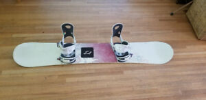 NEED TO SELL - K2 Snowboard (154cm) w/ bindings