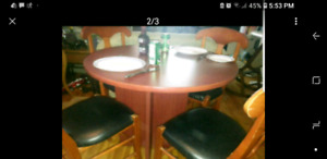 Kitchen / Bistro table and chairs 4