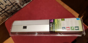 Under the Cabinet EcoLight ~ New