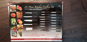Cutlery Chef's Knives.  21 piece set