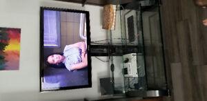 Meuble de télé noir avec monture intégrée, 3 tablettes vitrées