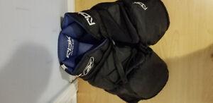 Rebook goalie pants   size jr. L/XL