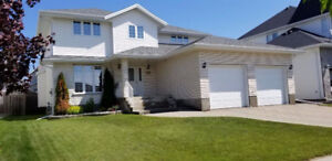 Gorgeously maintained 4-BR, 2.5WR, 2 car garage house for rent