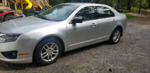 2011 Ford Fusion S - certified - low km