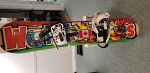 135 cm world industries snowboard