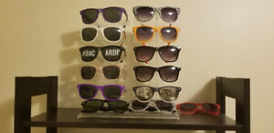 10 slot sunglass rack/stand