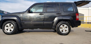 2012 Jeep liberty for sale!
