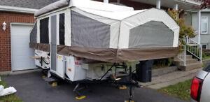 Tente roulotte Rockwood Freedom 2013  .. excellent état   ajouts