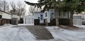 Argyle Park-NW Regina - 3 Bedroom Mobile Home - 58 Garuik Cr.