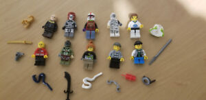 10 Complete Lego Minifigures + accessories (LISTING 3 OF 6)