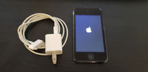 Apple iPod 4gen/Touch Wi-Fi Digital Music/Video Player Camera