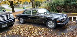1986 Jaguar XJ6, no rust at all, leather excellent, certified