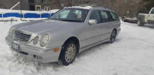 2002 Mercedes E320 AWD for sale $2000 obo open to trades